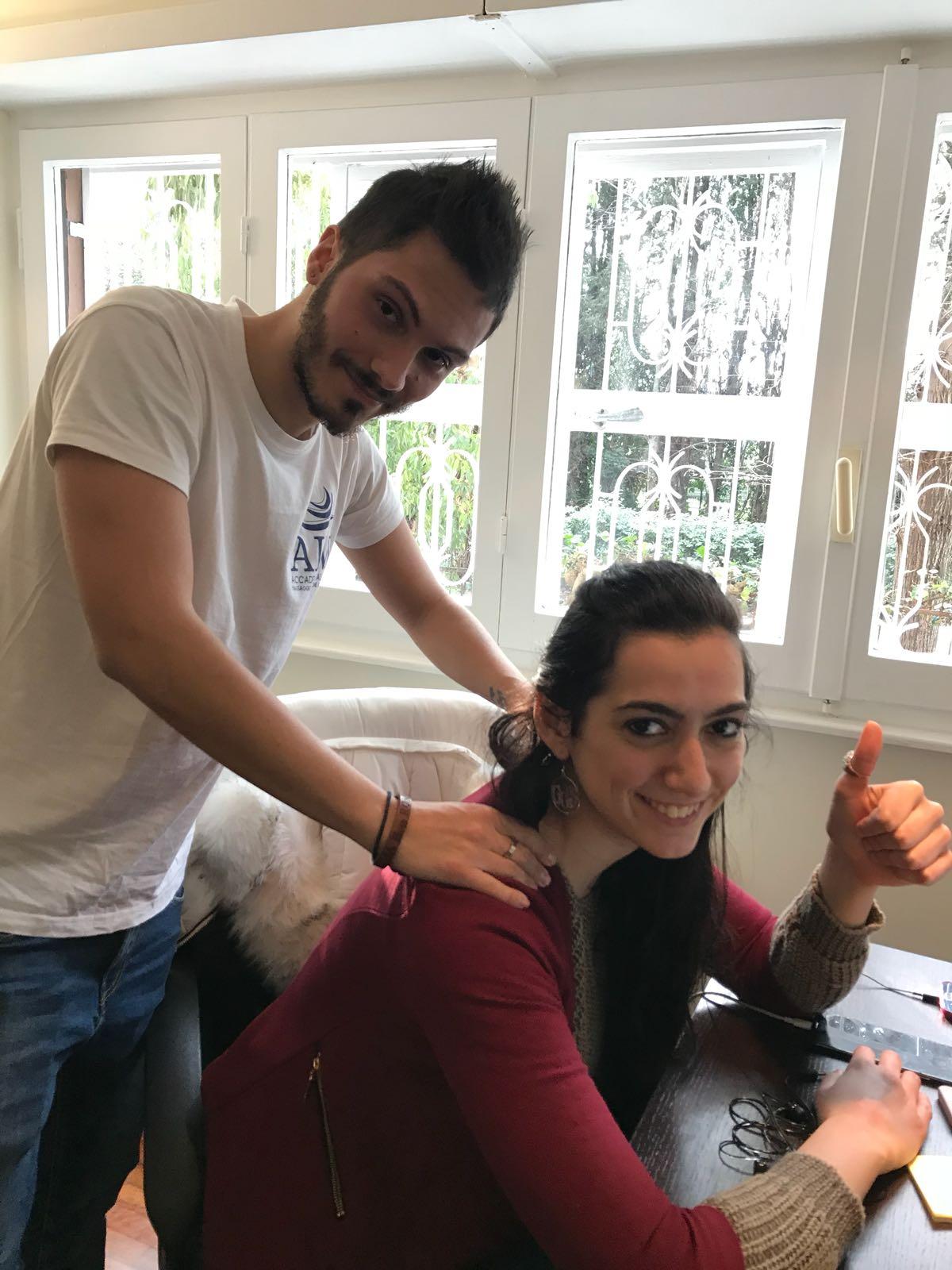 IMMAGINE Cosa c'è di meglio di un bel massaggio davanti al PC?!