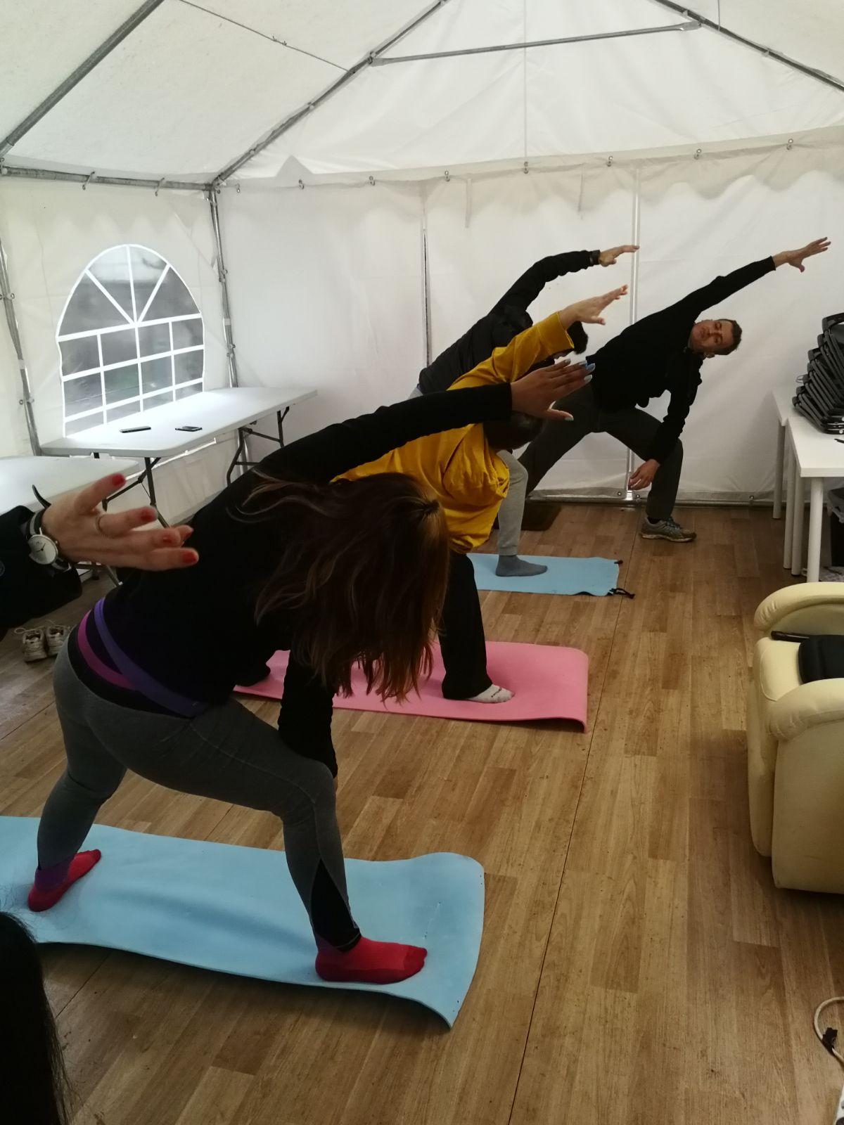 IMMAGINE Quando devi fare yoga ma fuori piove e fa freddo. NESSUN PROBLEMA, In Prolution, per ogni PROBLEM c'è una SOLUTION.